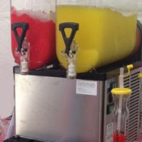 Twin Slush Machine Rental Package